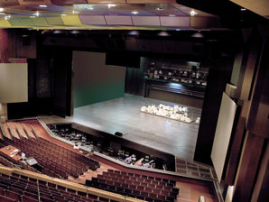 Conductix-Wampfler offers Energy & Data Transmisson Systems for the Stage Technology industry
