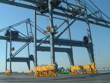 Energiezuführung zum Spreader an 6 Containerkranen (ship to shore)